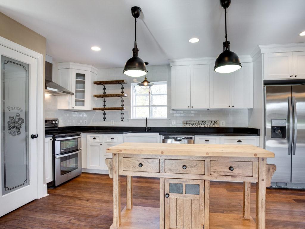 4740 Paul Hance Rd Huntingtown-MLS_Size-021-46-Kitchen-2048x1536-72dpi