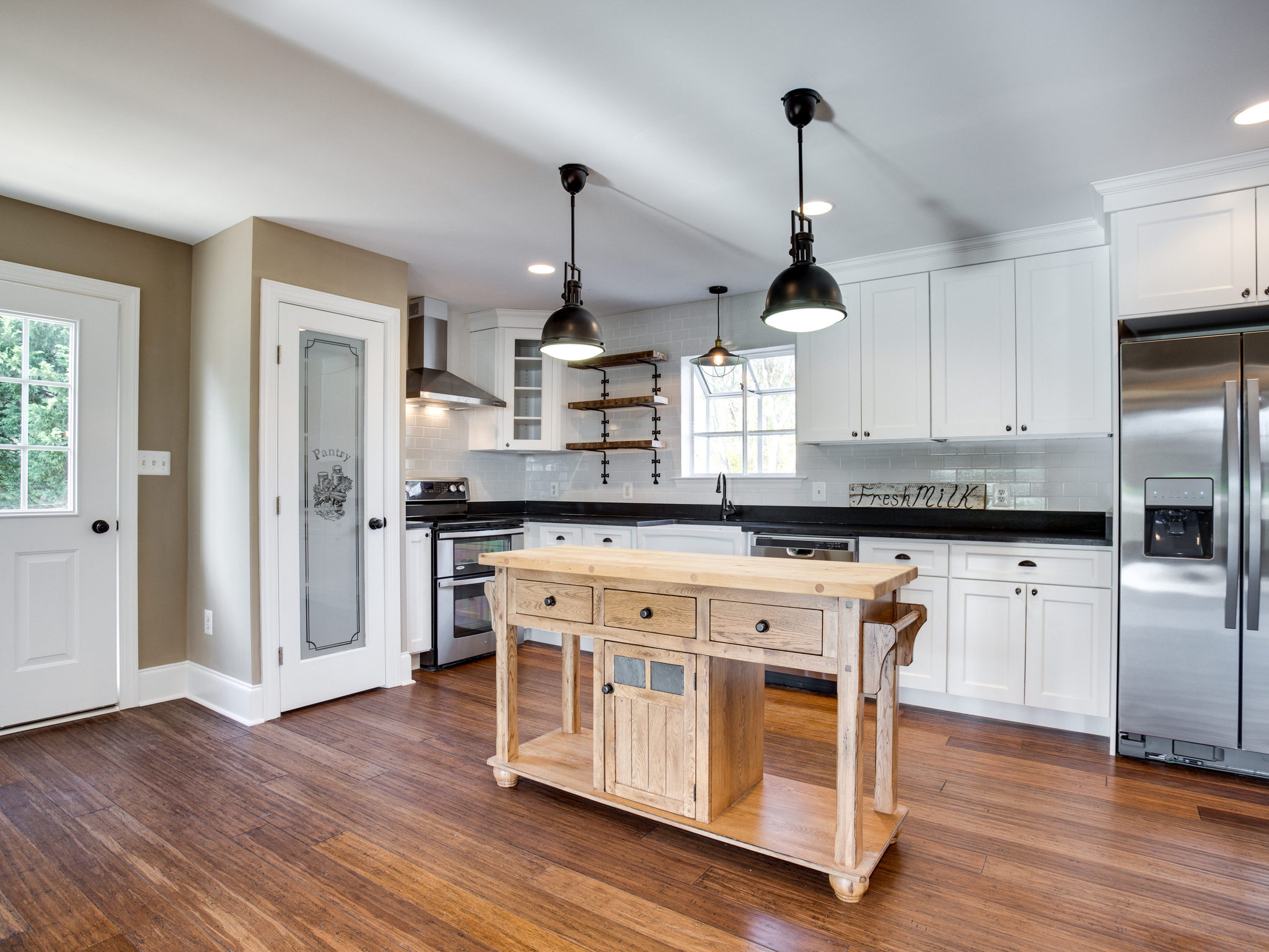 Behind The Design The Modern Farmhouse Kitchen Of The Paul Hance Fixer Upper Jessica Adams